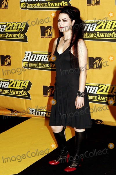Amy Lee Photo - Amy Lee Mtv European Music Awards 2004 Rome Italy 11-18-2004 Photo Byroger Harvey-Globe Photos Inc 2004