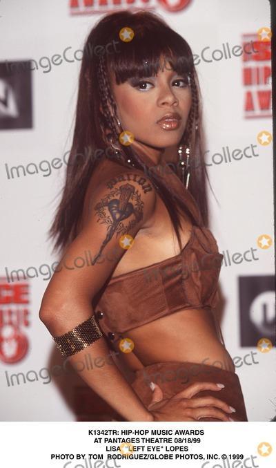 Lisa Lopes Photo -  Hip-hop Music Awards at Pantages Theatre 081899 Lisa Left Eye Lopes Photo by Tom RodriguezGlobe Photos Inc