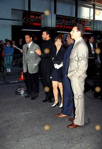 Al Roker Photo - Lionel Richie with Cast of the Today Show Bryant Gumbel Lionel Richie Katie Couric AL Roker and Matt Lauer Photo Byjonathan GreenGlobe Photos Inc
