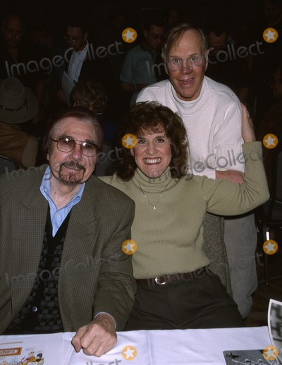 Alan Sues Photo -  Hollywood Collectors Show Beverly Garland Hotel North Hollywood CA 01192002 Alan Suesgary Owensruth Buzzi Photo by Ed GellerGlobe Photosinc