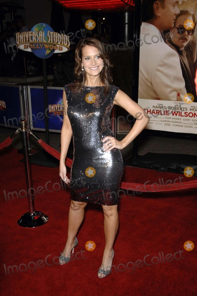 Hilary Angelo Photo - Charlie Wilsons War Premiere - Universal Studios Hollywood California - 12-10-2007 Hilary Angelo Photo by Michael Germana-Globe Photos Inc