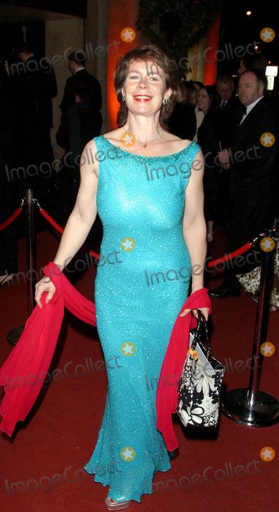 Celia Imrie Photo - Celia Imrie Bafta Film Awards 2004 -the Grosvenor House Hotel London 02152004 Shaun PattendenglobelinkGlobe Photosinc