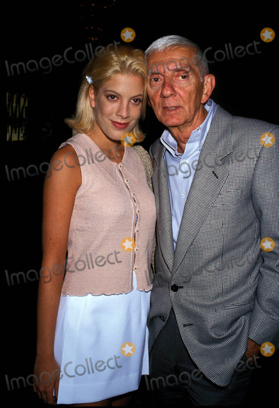 Aaron Spelling Photo - Aaron Spelling and Daughter Tori Spelling Photo by Lisa Rose-Globe Photos Inc