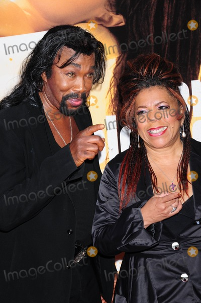 Ashford and Simpson Photo - Ashford and Simpson For Colored Girls New York Premiere Ziegfeld Theatre New York NY 10-25-2010 Photo by Ken Babolcsay - Ipol- Globe Photos Inc 2010