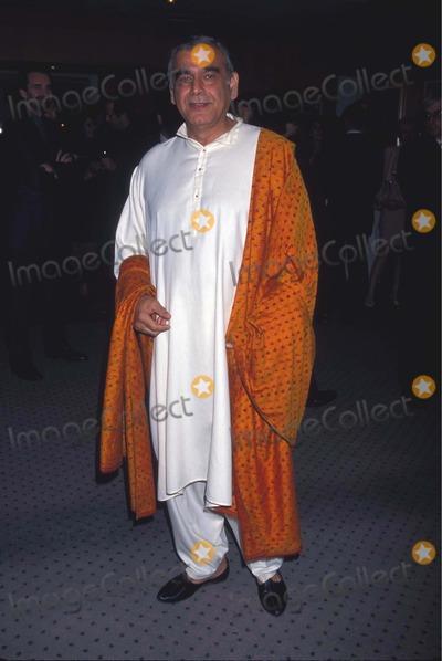 Jeanne Moreau Photo - Jeanne Moreau Tribute Beverly Hills CA Ismail Merchant 10-01-1998 Photo by Lisa Rose-Globe Photos
