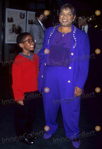 Nell Carter Photo - Special Viewing of the Grass Harp Los Angeles CA 10091996 Photo Joyce Silverstein Ipol Globe Photos Inc 1996 Nell Carter and Josh Nellcarterretro