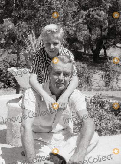 Alan Ladd Photo - Alan Laddson David at Home in Palm Springs Photo Don OrnitzGlobe Photos Inc