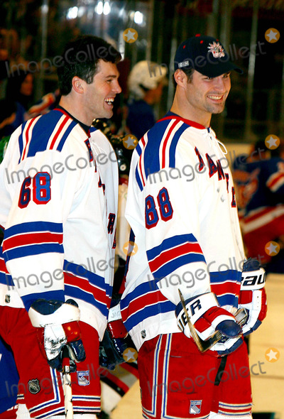 Eric Lindros Photo - Superskate Vi a Celebrity Hockey Event to Benefit Rangers Cheering For Children and Crpf at Madison Square Garden in New York City 1252004 Photo Byrick MacklerrangefindersGlobe Photos Inc 2004 Jaromir Jagr and Eric Lindros