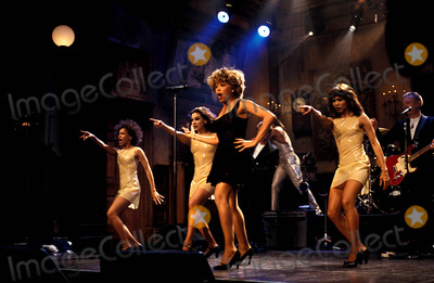 Tina Turner Photo - Tina Turner Tvfilm Still Saturday Night Live (Snl) Supplied ByGlobe Photos Inc