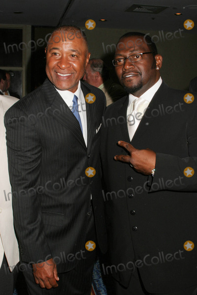 Ozzie Smith Photo - Father of the Year Awards at Marriott Marquis Hoteltimes Square  New York City 06-11-2008 Photo by Paul Schmulbach-Globe Photos Inc Ozzie Smith and Randy Jackson