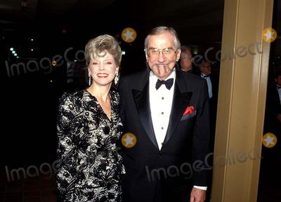 Johnny Carson Photo - Johnny Carson and Victoria Mcmahon Photo Globe Photos Inc 1985 Edmcmahonretro