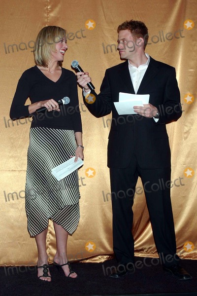Nick Warnock Photo - Hersheys Kisses Party to Launch New Kiss Filled with Caramel at Empire State Building  New York City 04282004 Photo Ken Babolcsay IpolGlobe Photosinc 2004 Amy Henry and Nick Warnock