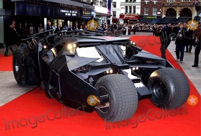 Batmobile Batman Photo - Batmobile Batman Begins European Premiere-odeon Leicester Square London Uk 6-12-2005 Photo Byhenry Davenport-globelinkuk-Globe Photos Inc 2005