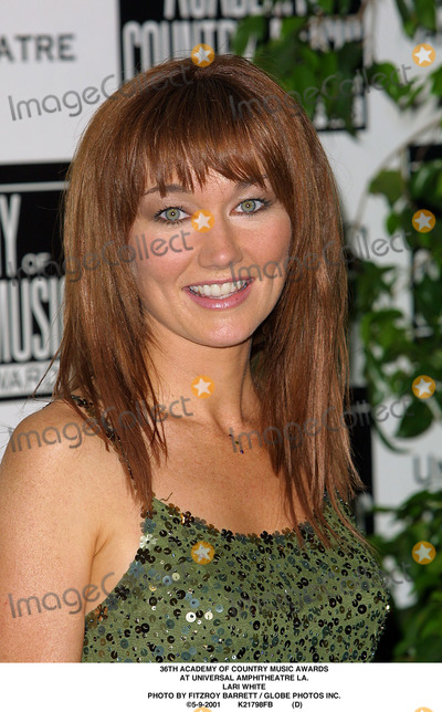 Lari White Photo - Academy of Country Music Awards at Universal Amphitheatre LA Lari White Photo by Fitzroy Barrett  Globe Photos Inc 5-9-2001 K21798fb (D)