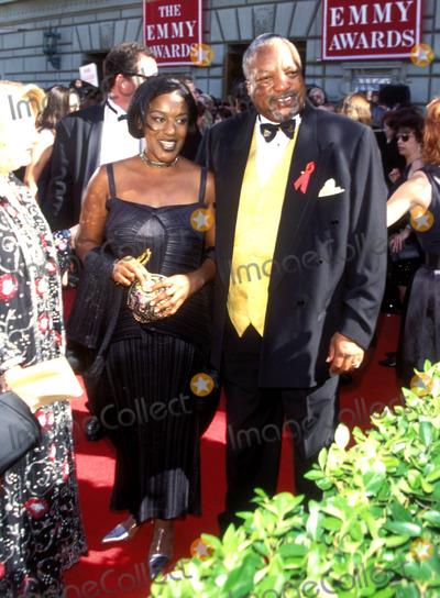 Paul Winfield Photo - 1995 Emmy Awards Paul Winfield_cch Pounder Photo by Fitzroy BarrettGlobe Photosinc Paulwinfieldretro