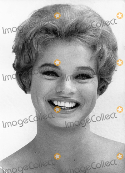 Juliet Prowse Photo - Juliet prowsephoto by Don ornitz-globe Photos Inc 15717