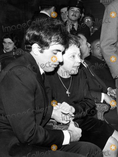 Edith Piaf Photo - Edith Piaf and Theo Sarapo Photo by GiancolomboGlobe Photos Inc