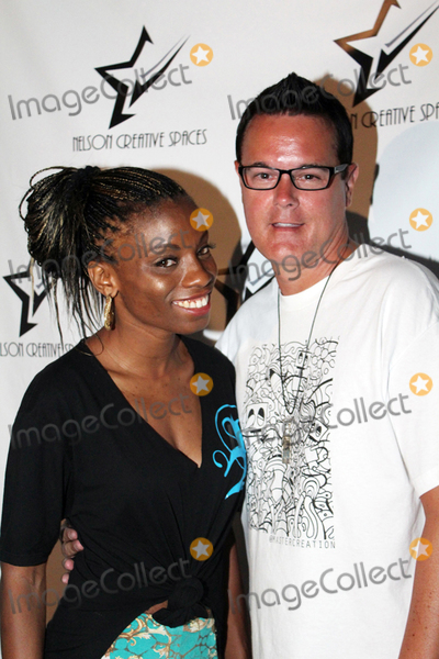 Angelique Bates Photo - Angelique Bates and Chris La Vrar arrive at Sir Jones Anniversay Making Moves Party