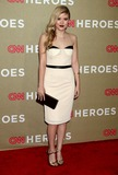 Taylor Spreitler Photo 4