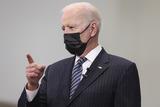 Photo - President Biden visits a vaccination site in Virginia