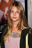 Willa Holland Photo 4
