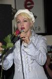 Cyndi Lauper Photo 4
