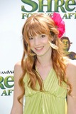 Bella Thorne Photo 4