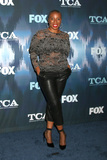 Aisha Hinds Photo 4