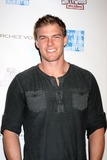 Alan Ritchson Photo 4