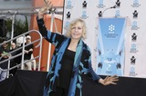 Photo - KIM NOVAK HONORED WITH HAND AND FOOTPRINT CEREMONY