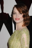 Photo - Photo by KGC-136starmaxinccomSTAR MAX2015ALL RIGHTS RESERVEDTelephoneFax (212) 995-119622215Emma Stone at the 87th Annual Academy Awards (Oscars)(Hollywood CA)