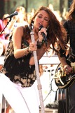 Miley Cyrus Photo 4