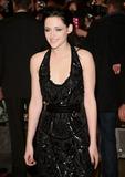 Photo - Kristen Stewart arriving for the UK premiere of The Twilight Saga Breaking Dawn Part 1 at Westfield Stratford City London 17112011 Picture by Alexandra Glen  Featureflash