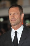 Aaron Eckhart Photo 4
