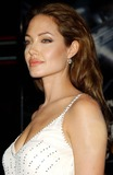 Angelina Jolie Photo 4
