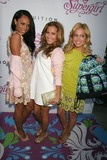 Adrienne Bailon Photo 4