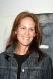 Annabeth Gish Photo 4