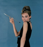 Photo - Audrey Hepburn Globe Photos Inc Audreyhepburnretro