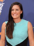 Ali Krieger Photo 4