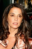 Annabella Sciorra Photo 4