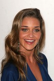 Ana Beatriz Barros Photo 4