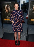 Amy Seimetz Photo 4
