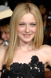Dakota Fanning Photo 4