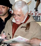 Dick Van Dyke Photo 4