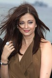 Aishwarya Rai Bachchan Photo 4
